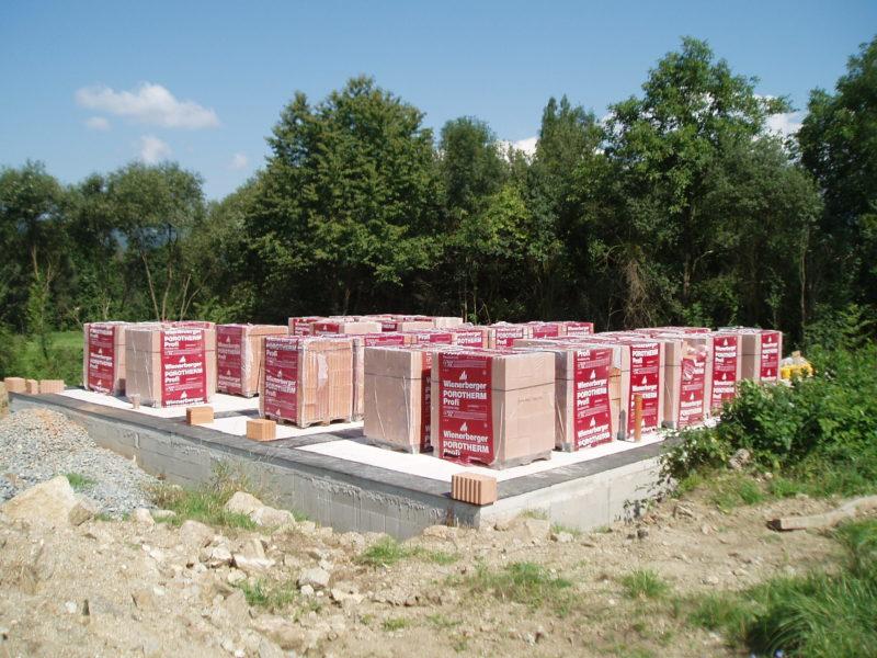 2b5221343 Preto naša spoločnosť pri výstavbe používa len kvalitné, certifikované  materiály, ktoré sú zárukou vysokej kvality a dlhej životnosti stavby.